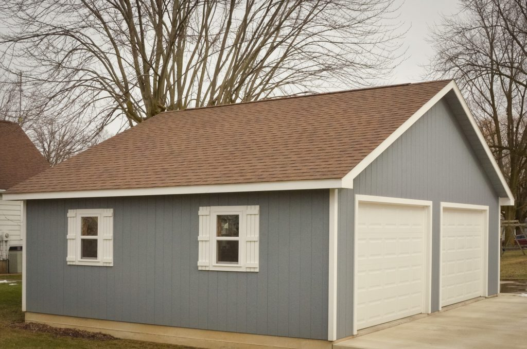 A custom garage near Fort Wayne, Indiana