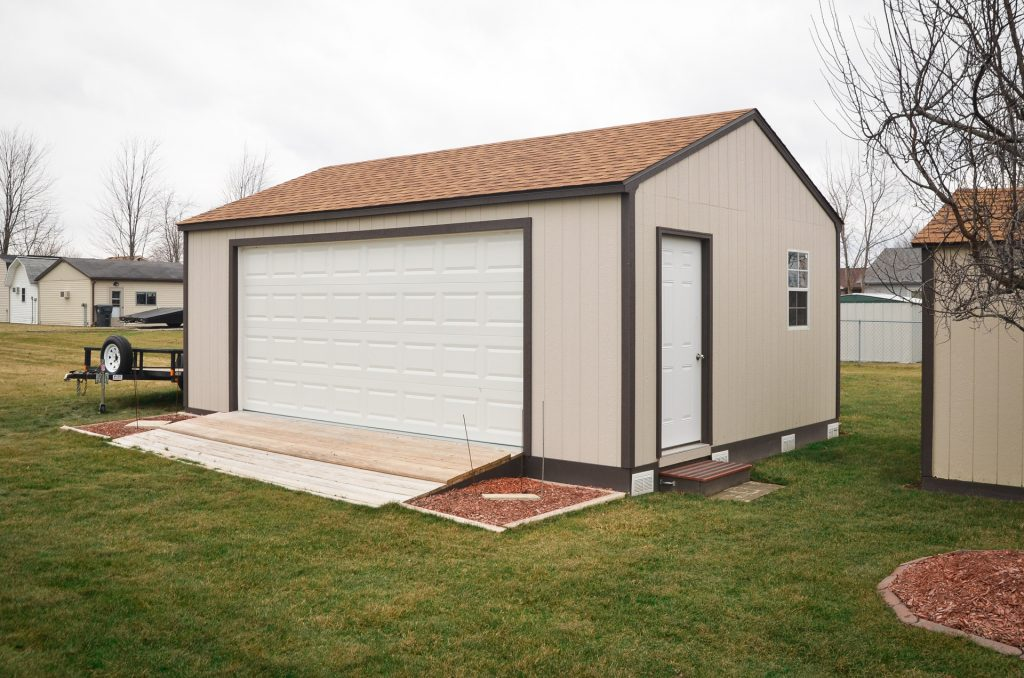 Single car garage builder in Fort Wayne, Indiana